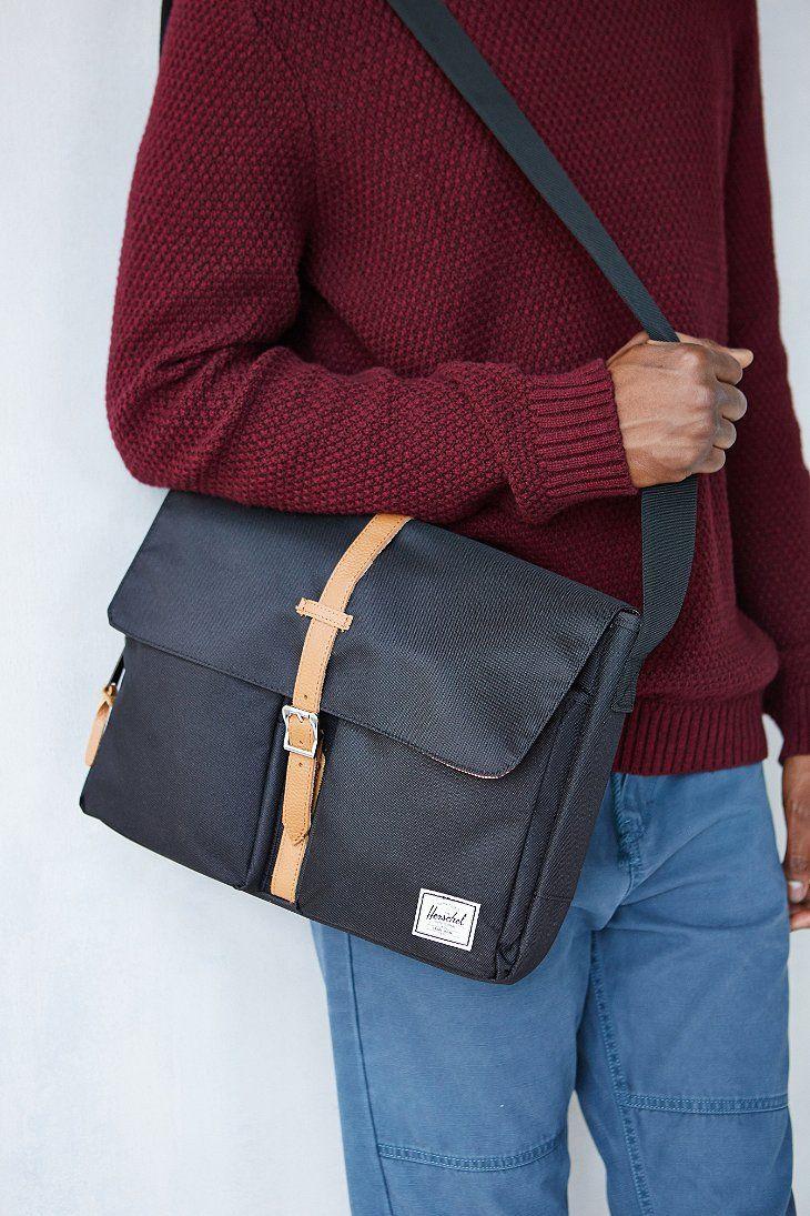 248481b69081 Herschel Supply Co. Columbia Messenger Bag in Black for Men | Lyst ...