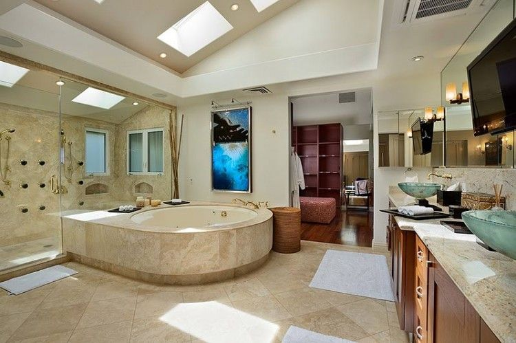 Jewel of Maui Residence in Hawaii | HomeDSGN, a daily source for inspiration and fresh ideas on interior design and home decoration.