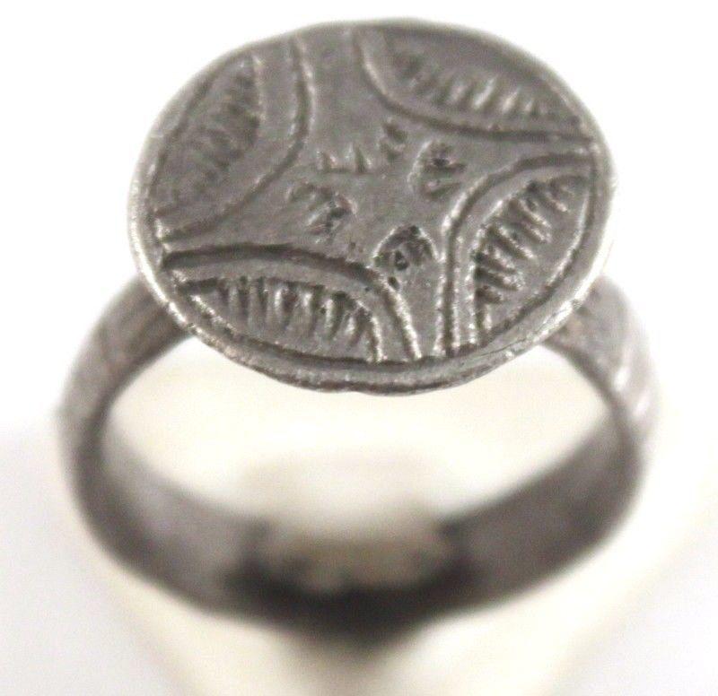Красивый пост-средневековый серебряное кольцо с гравировкой крест на вершине # 683 | eBay