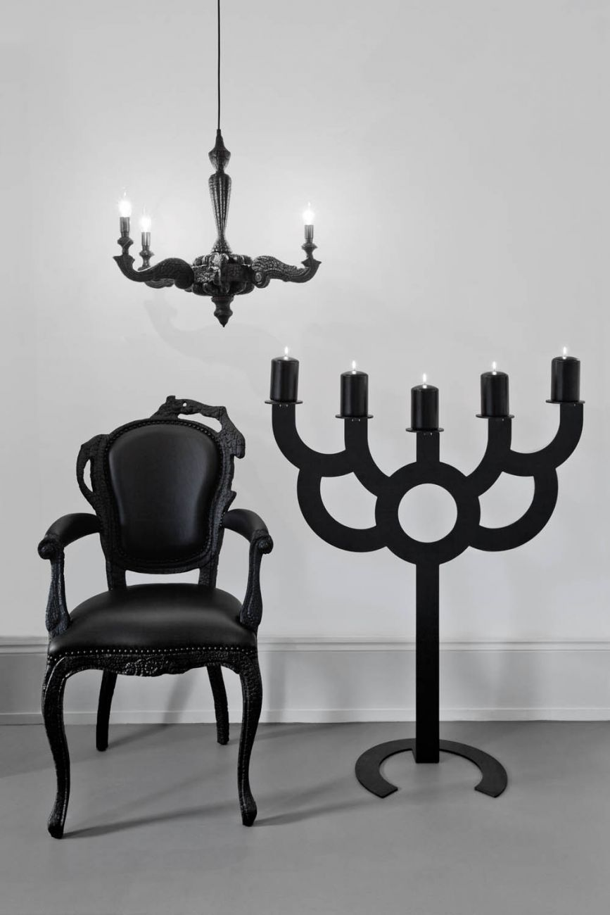 Big bold smoke dining chair chandelier london 2010 l i g h t big bold smoke dining chair chandelier london 2010 arubaitofo Gallery