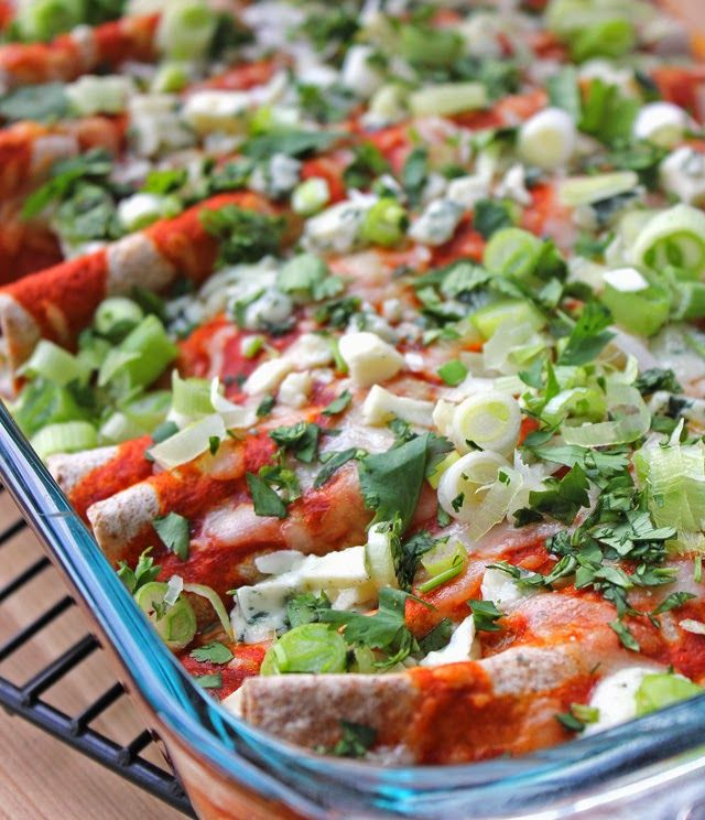 Spicy Buffalo Chicken Enchiladas. Perfect for a cold winter day! #MyPicknSave #shop #cbias | Recipe by chelsa-bea.com