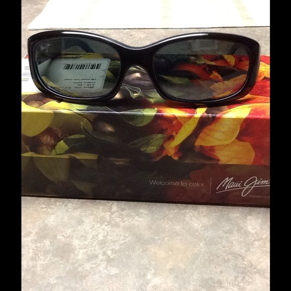 1655da1f50 Maui Jim Punch Bowl Sunglasses ( REDUCED) Don t miss out on this great