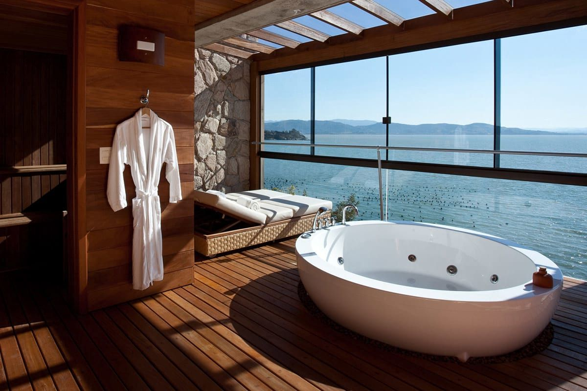 What\'s better then relaxing in a luxurious hotel bathtub? Relaxing ...