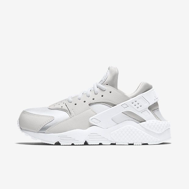 nike air huarache free run grey black and white living
