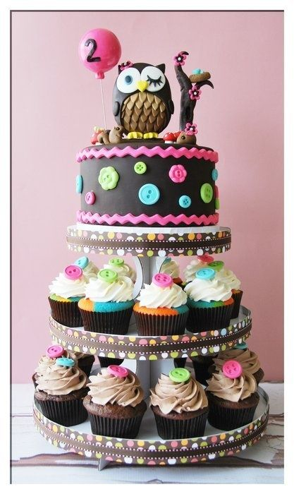 I love these tiers for Annabelles 1st Birthday The top could be