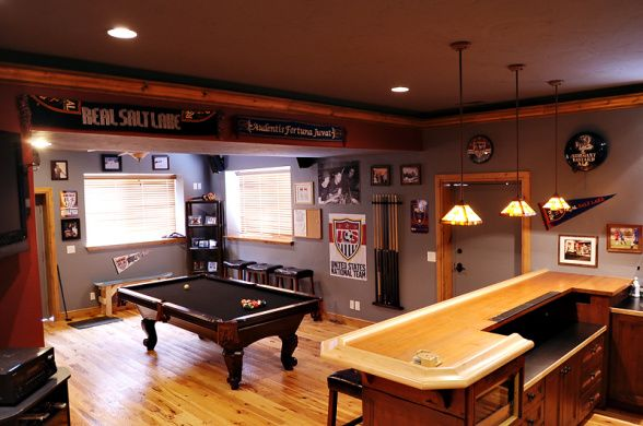 Featured Man Cave Man Caves Pinterest Men Cave Cave And - Garage games room ideas