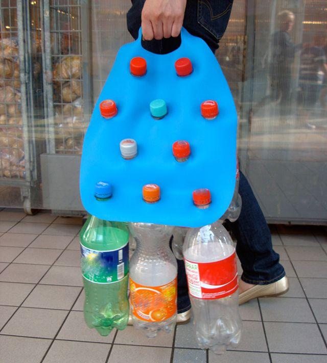 para levar as garrafas pra reciclagem