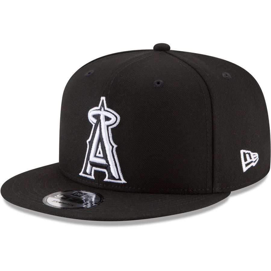 newest 973fc 53024 Men s Los Angeles Angels New Era Black Black   White 9FIFTY Snapback Hat,  Your