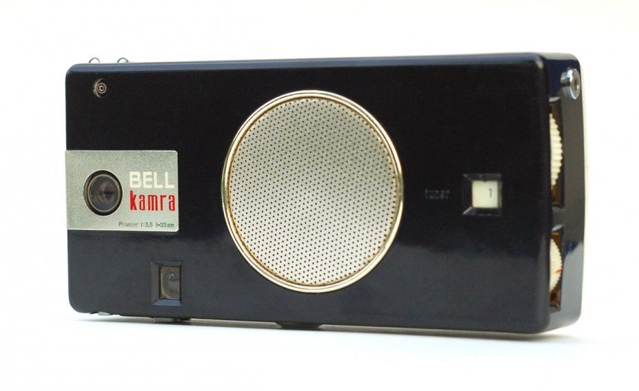 The Bell Kamra is a transistor radio with a built-in camera. These nifty items were manufactured in 1959 by Bell International Corp. The full name is Bell Kamra Model KTC-62.