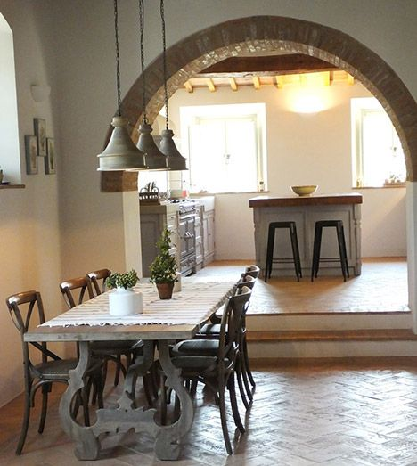 Arredamenti Per Cucine E Negozi Realizzazione Cucine Su Misura Arredamento Sala Da Pranzo E Cucina Cucine