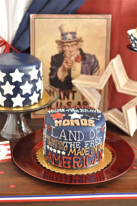 Vintage Americana party -> love those cakes!