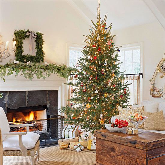 Pretty Christmas Living Rooms Christmas living rooms, Decorating