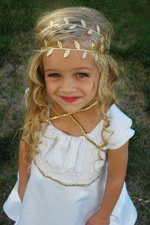 DIY Greek Goddess Costume DIY Halloween Costume Easy Last Minute - Diy greek hairstyle