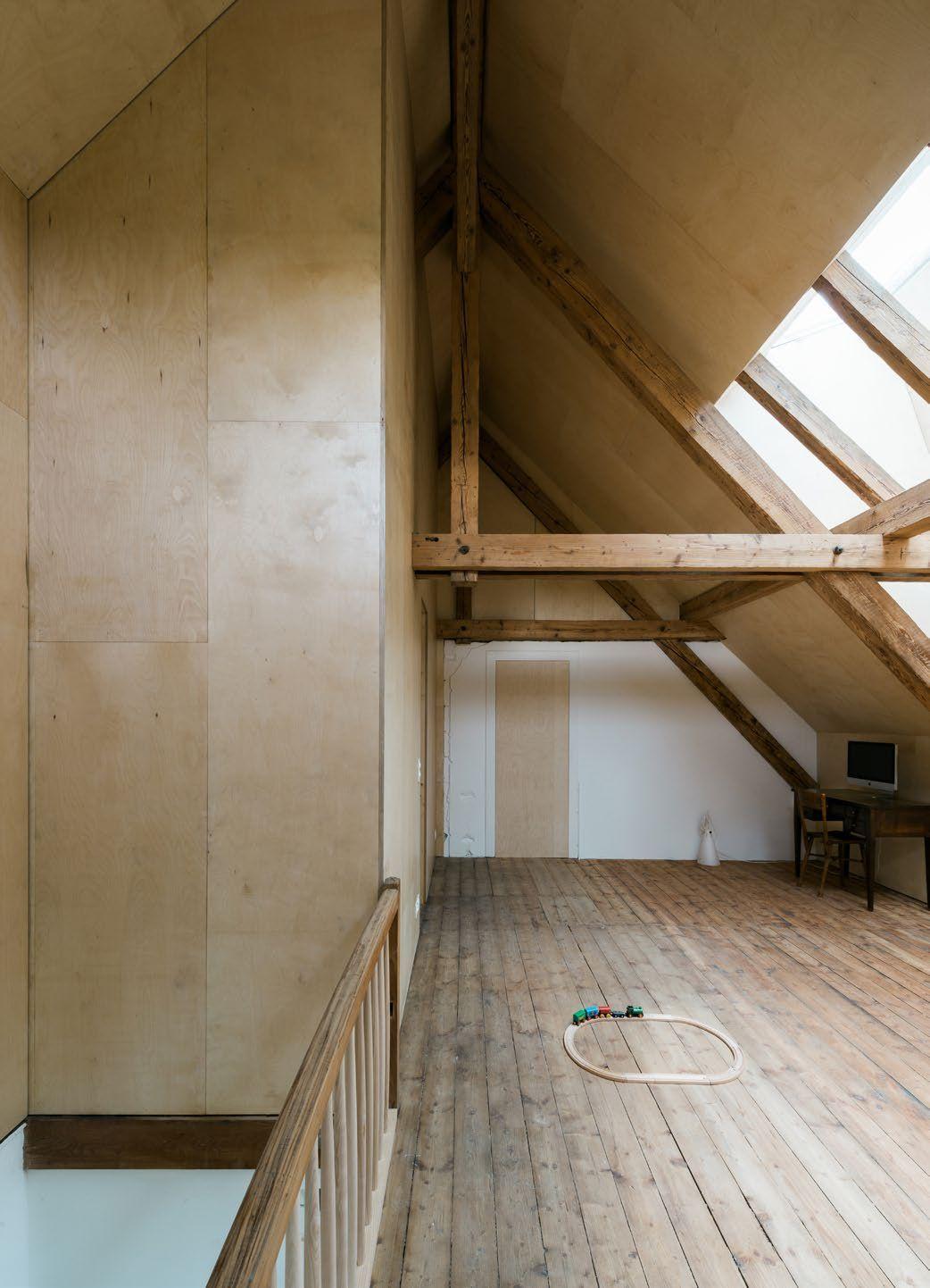 Att Architekten conversion in brugg windisch is a minimalist renovation located in