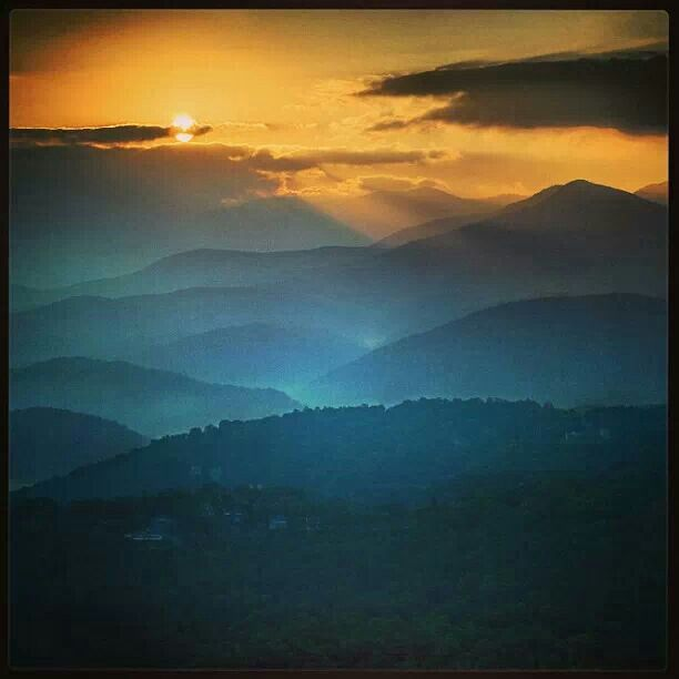 Gatlinburg, TN And The Great Smoky Mountains