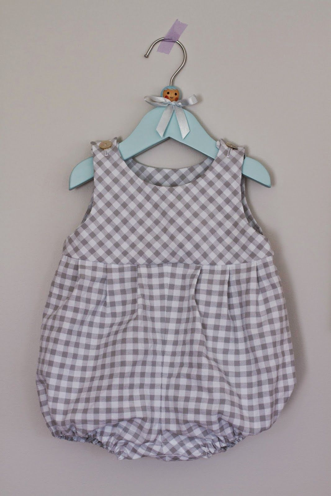 Saídos da Concha  Summer Romper made from a 1984 Style pattern. Couture  Enfant ec7ff317085