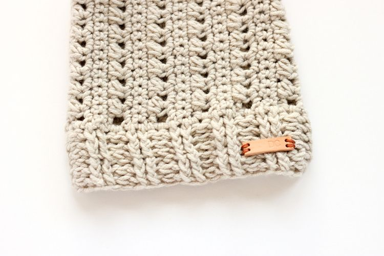 Triangle Stitch Beanie (FREE PATTERN) + DIY dry shampoo | Crochet ...