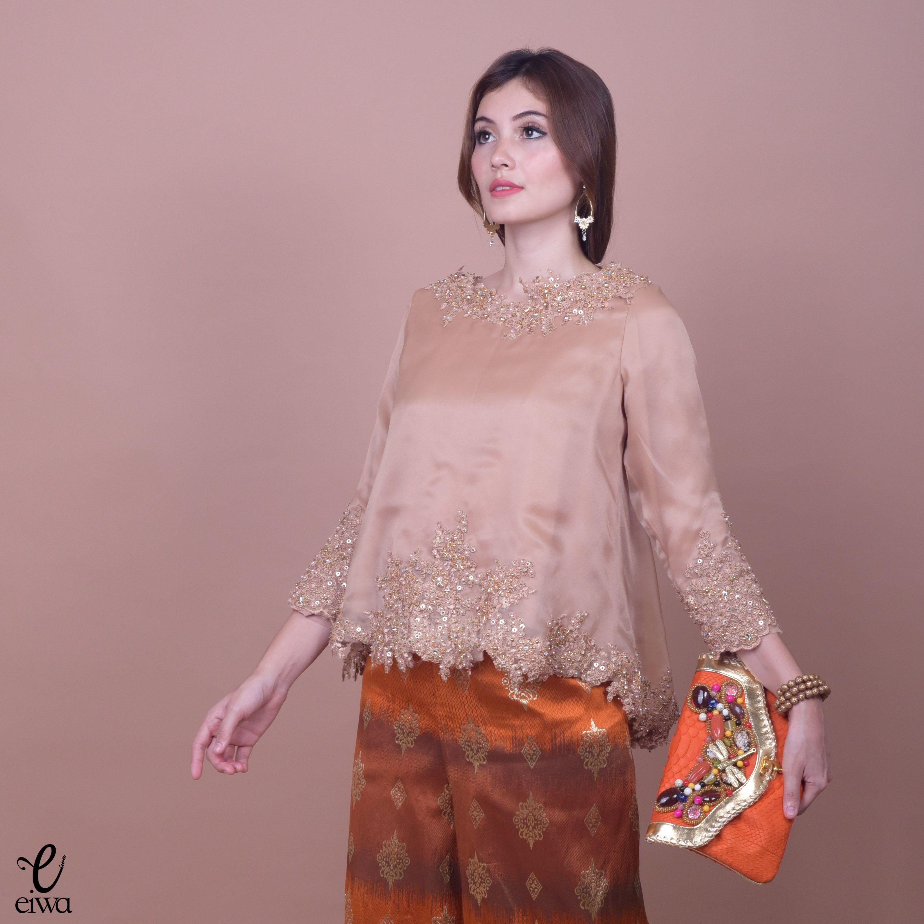 Kebaya  Indonesia modern high low hi low lace brokat
