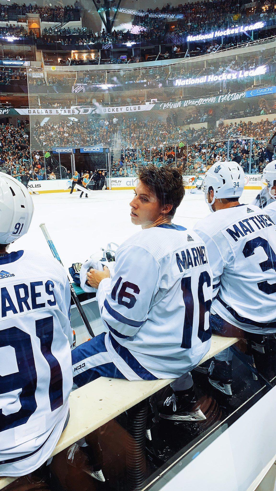 Pin By L On Hockey Hot Hockey Players Maple Leafs Wallpaper Hockey Girlfriend