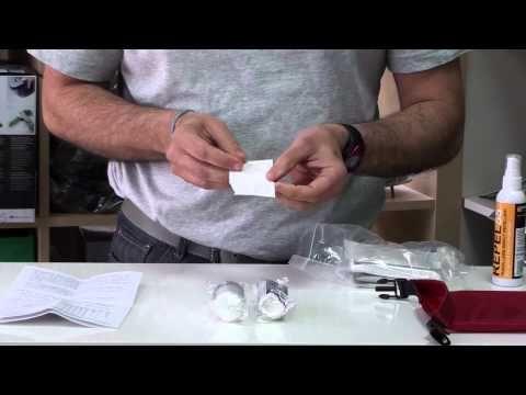 http://www.ferrehogar.es/Kit-Ligero-de-Primeros-Auxilios-BCB-CK702  Un botiquín de primeros auxilios versátil y ligero. La bolsa estanca de color rojo ultraligero con un peso de solo 108 g, ayuda a mantener el botiquín de primeros auxilios seco y seguro. Una hebilla duradera asegura el cierre roll-top y actúa como un asidero.