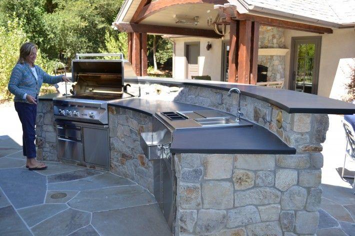 Outdoor Kitchen In Natural Stone Veneer Woodside Estate Garden Karen Aitken Associates Outdoor Kitchen Design Outdoor Kitchen Outdoor Kitchen Countertops