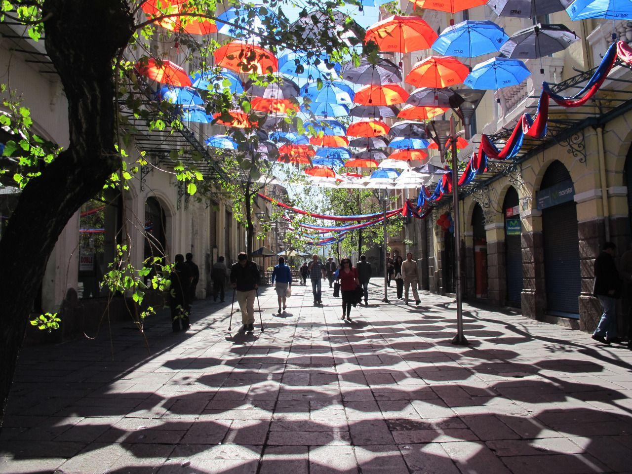 Uneven Growth   MIO14Tómate el espacio: Paraguada Calle Espejo,...