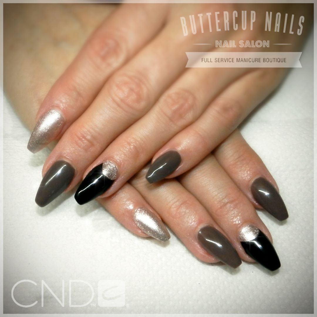 Cnd Shellac Over Sculpted Acrylic Nails In Rubble Safety Pin And Black Pool
