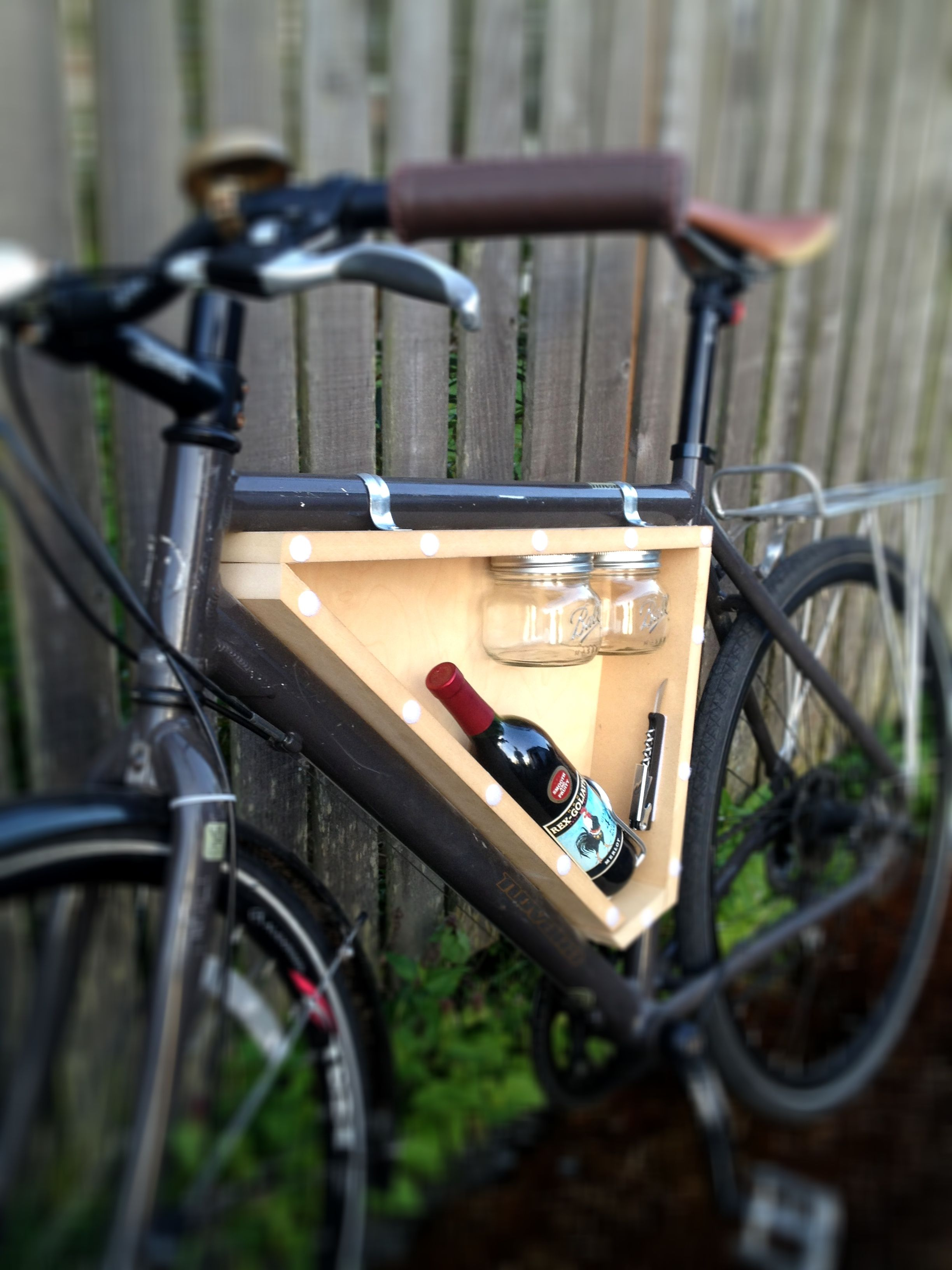 DIY wine for two cycling kit. Made from scraps (so zero