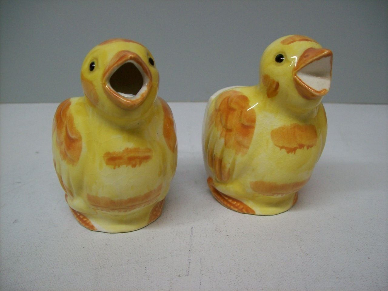 Cream & Sugar Yellow Chicks Vintage Country Kitchen Ceramic Dispensers $24.50 Home goods to Fashion http://www.islandheat.com for Great Gift Idea's