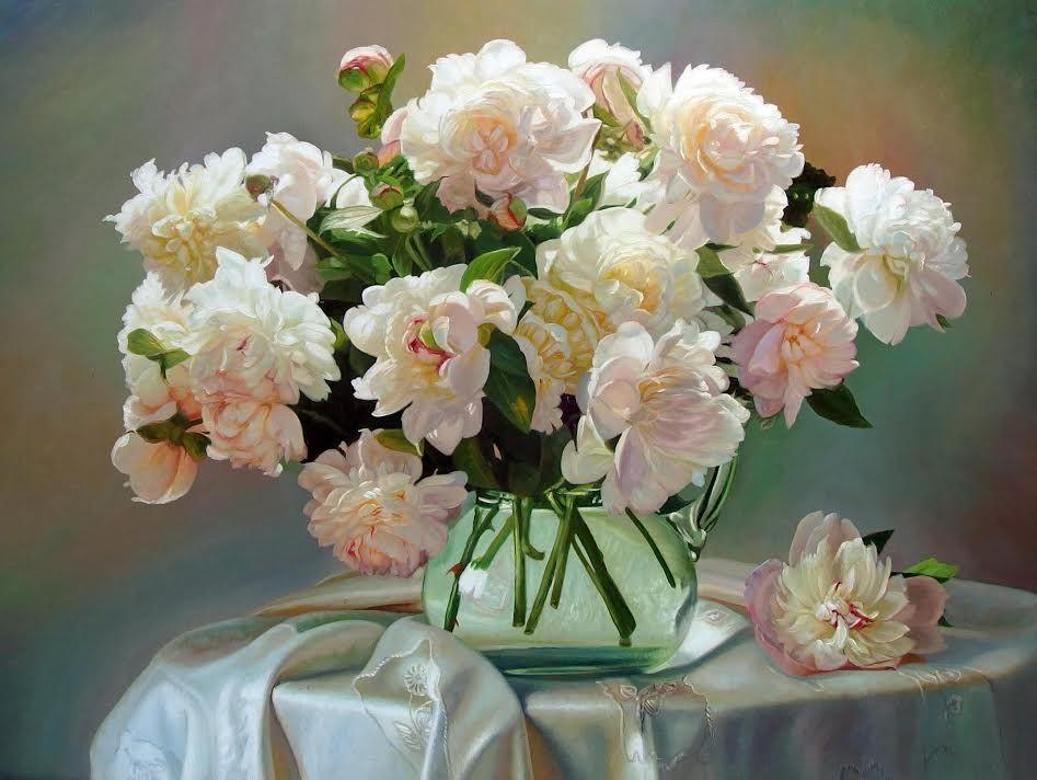 Картинки белые пионы в стеклянной вазе