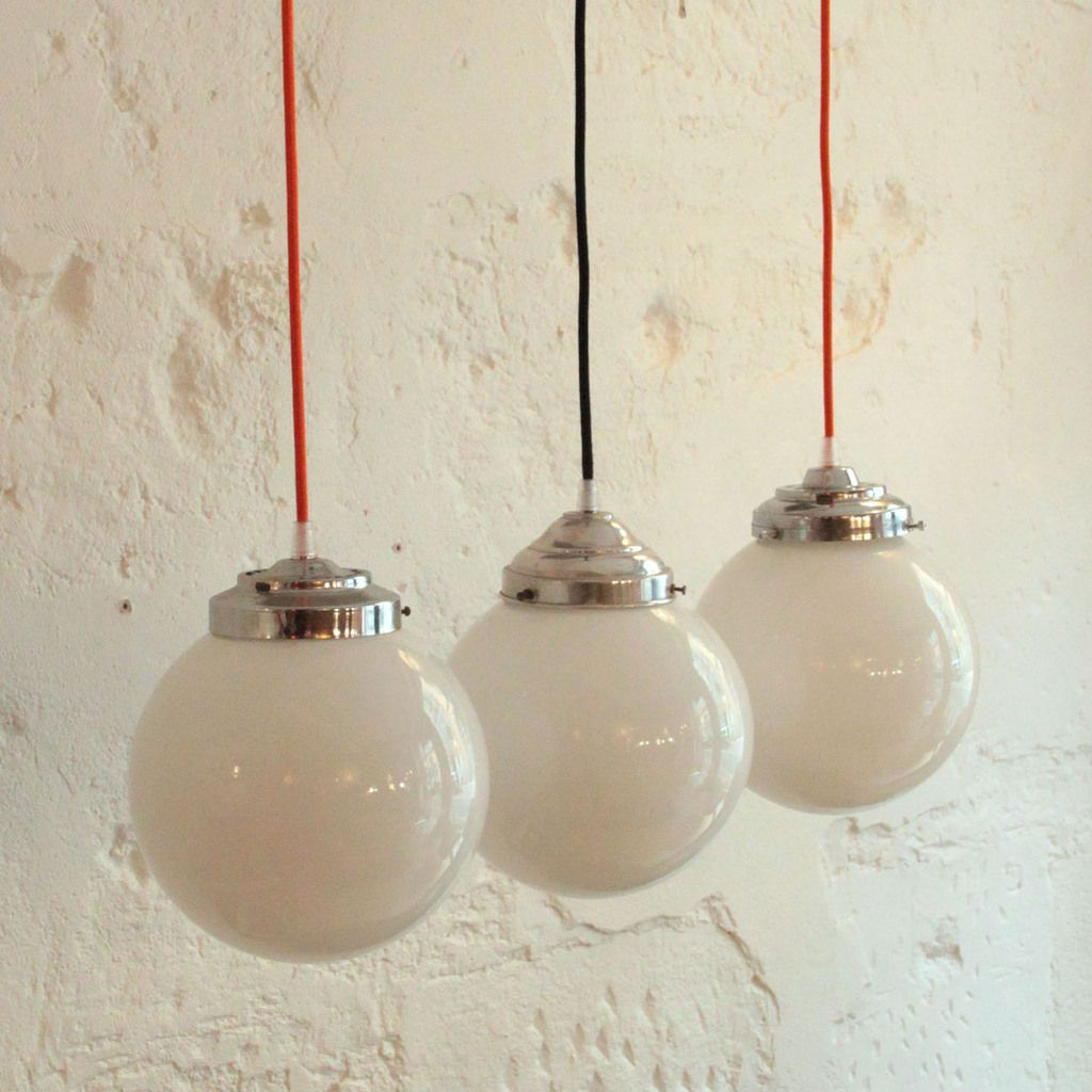 Ancienne lampe suspension globe abat jour boule en verre for Luminaire suspension boule