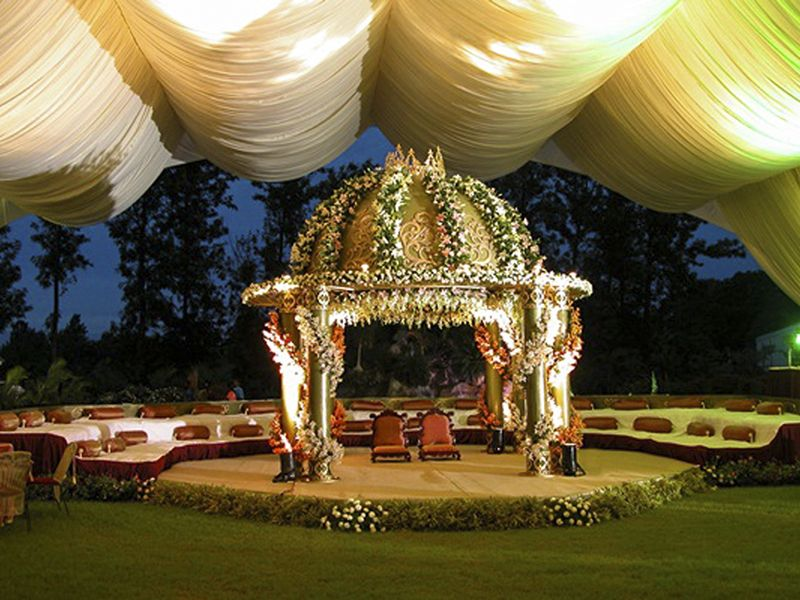 wedding stage decoration pics%0A Outdoor Indian Wedding Stage Decorations   Tyipcal stage of an Indian  wedding