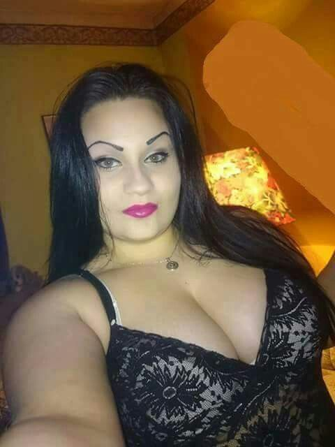 Arab sexy woman