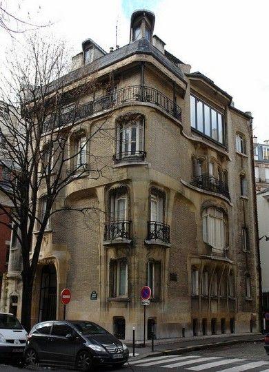 Hôtel Guimard 122, rue Mozart et villa Fore - Pais 16e Hector - escalier interieur de villa