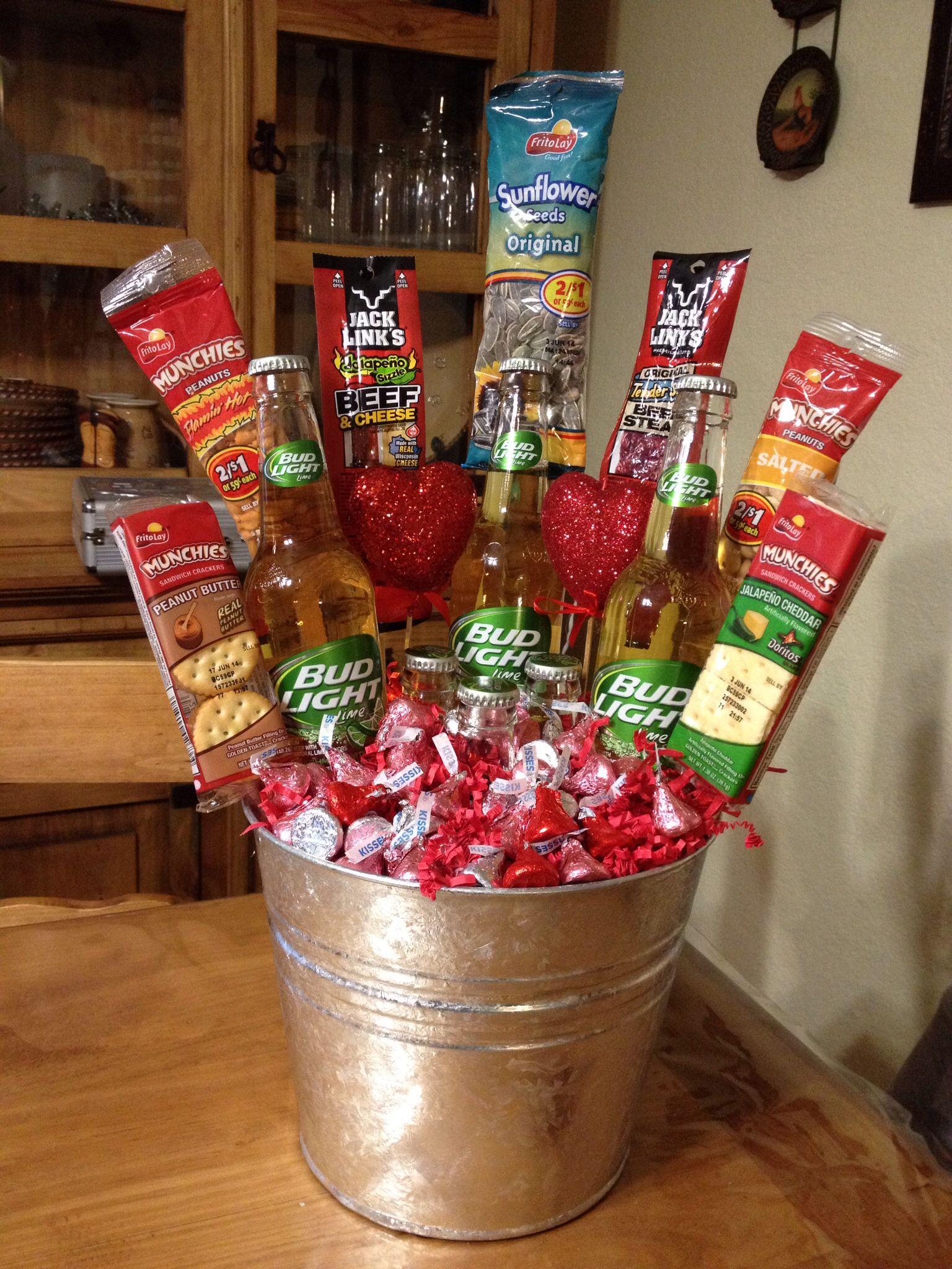Beer bucket:) | My creations! | Pinterest | Beer gifts, Gift baskets ...