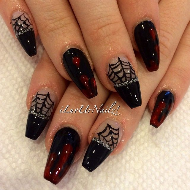 Instagram Media By Iluvurnailz Halloween Nails Spider Webs Dripping Blood Goth Nails Holloween Nails Gothic Nails