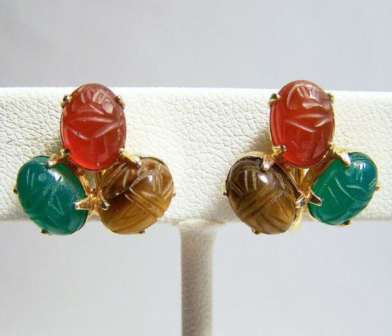 Vintage Cluster Carved Scarab Earrings 12K by GretelsTreasures