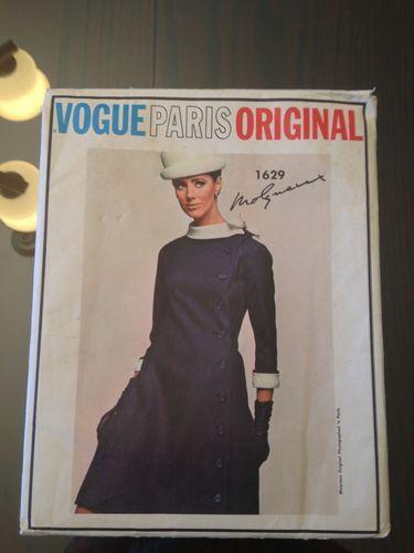 VPO Molyneux Pattern 1629 COAT DRESS 1960s UNCUT Sz 12 sold 19.49+2.41 on 8/24/13