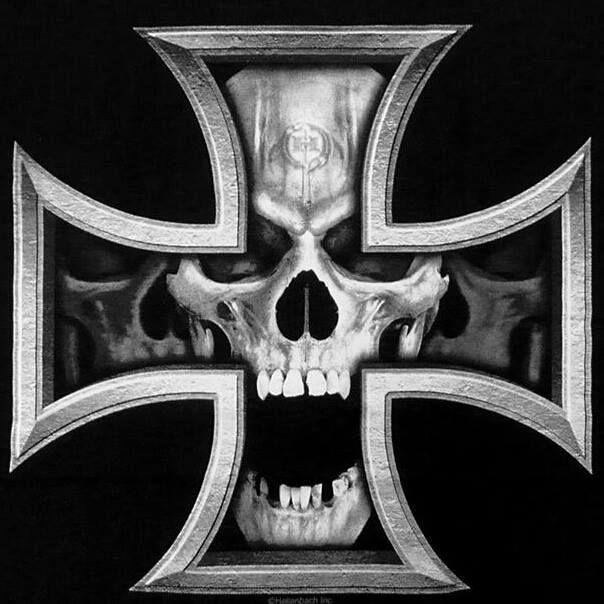 Iron Cross Skull Like The Lines But Something Less Creepy In