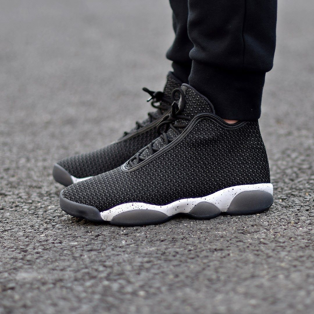 Jordan Horizon Jordan Horizon OREO. Disponible sur SNKRS. Available on SNKRS.COM ...