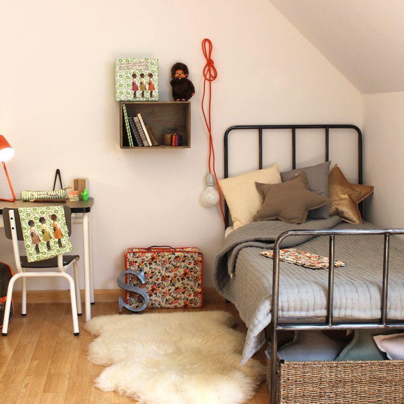 lit junior retro numero 74 inspiration chambre enfant. Black Bedroom Furniture Sets. Home Design Ideas
