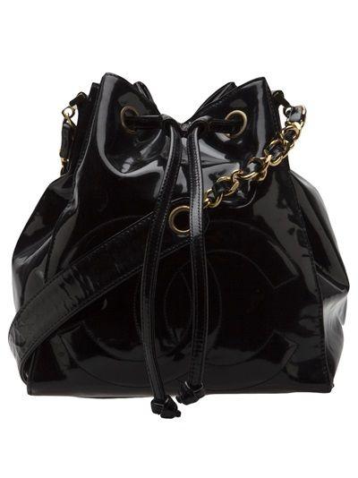 Chanel Vintage Patent Bucket Bag Farfetch Com Vintage Chanel Bucket Bag Bags