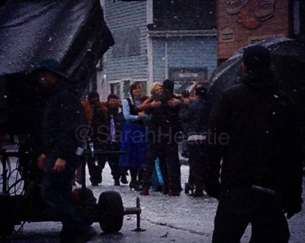 Jennifer, Josh and Elizabeth - behind the scenes - 4*10 - 22 october 2014
