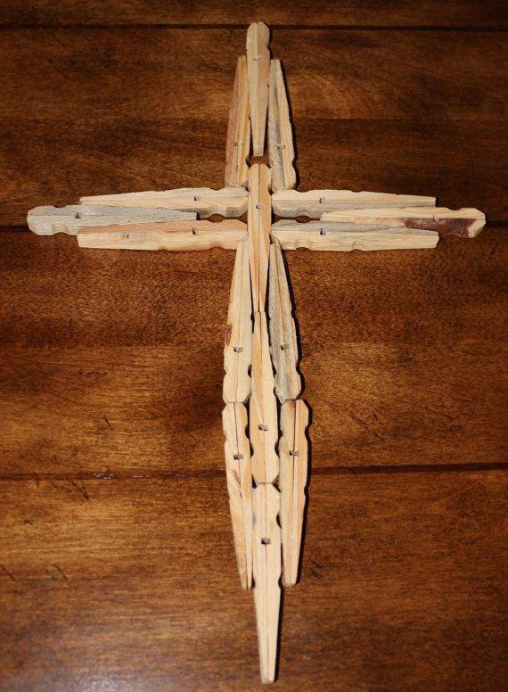 wooden cross artisanat epingle et linge. Black Bedroom Furniture Sets. Home Design Ideas