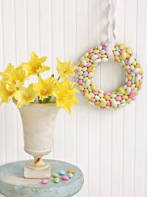 Jordan Almond Wreath by countryliving  #Almond #Wreath #countryliving