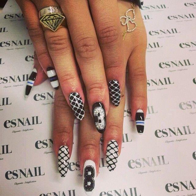 Zendaya\'s nails by ahomiho_esnail | nails | Zendaya nails, Nail ...