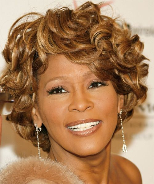 One Of Whitney Houston S Best Hairstyles Curly Hair Styles Short Hair Styles Brunette Hair Color