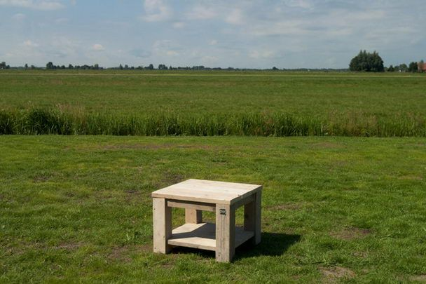 kleiner Salontisch für den Garten - Bauholz Möbel bei Möbelhaus