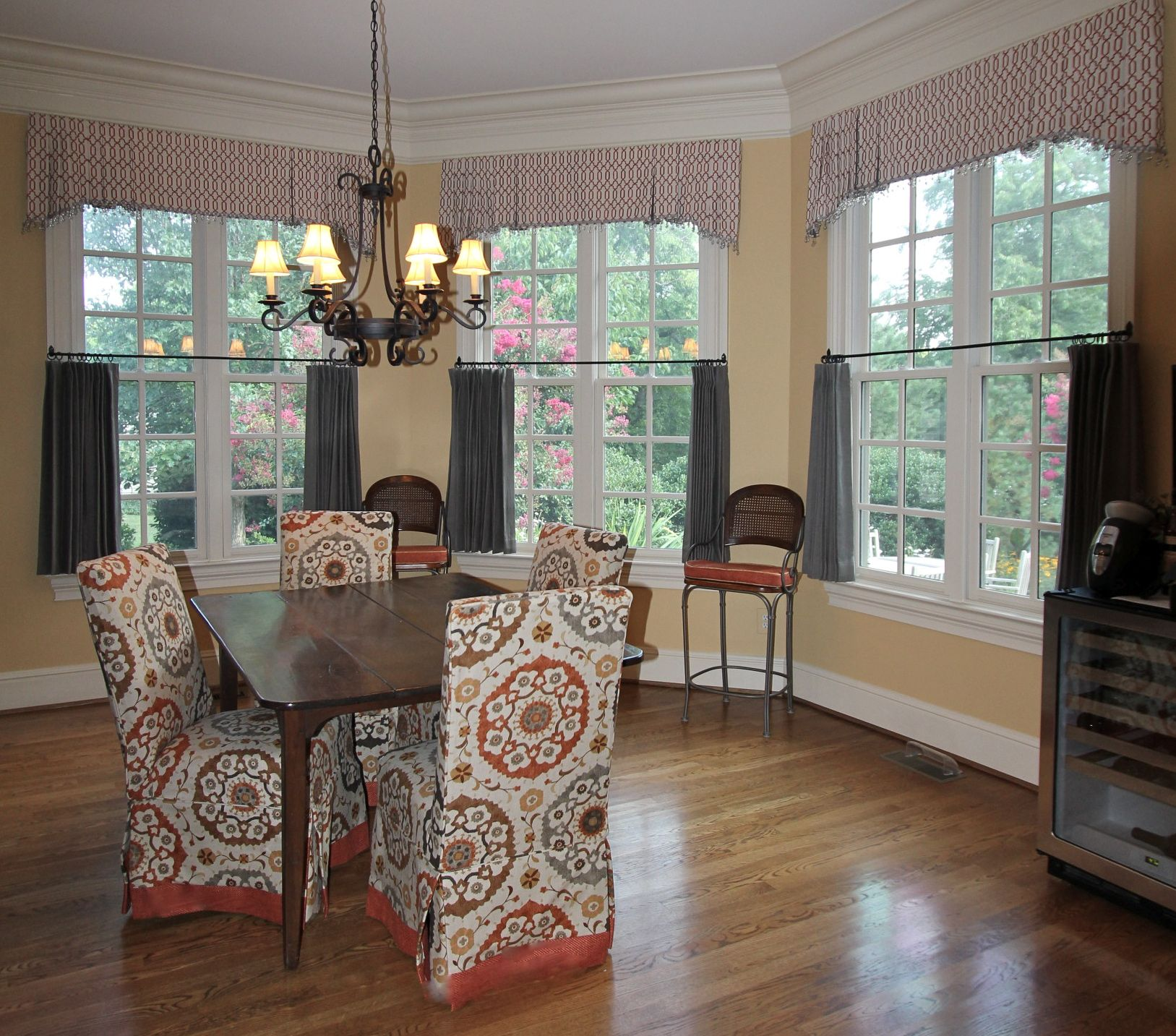 Living Room Cafe Curtain Inspiration Ideas. Two Fabrics