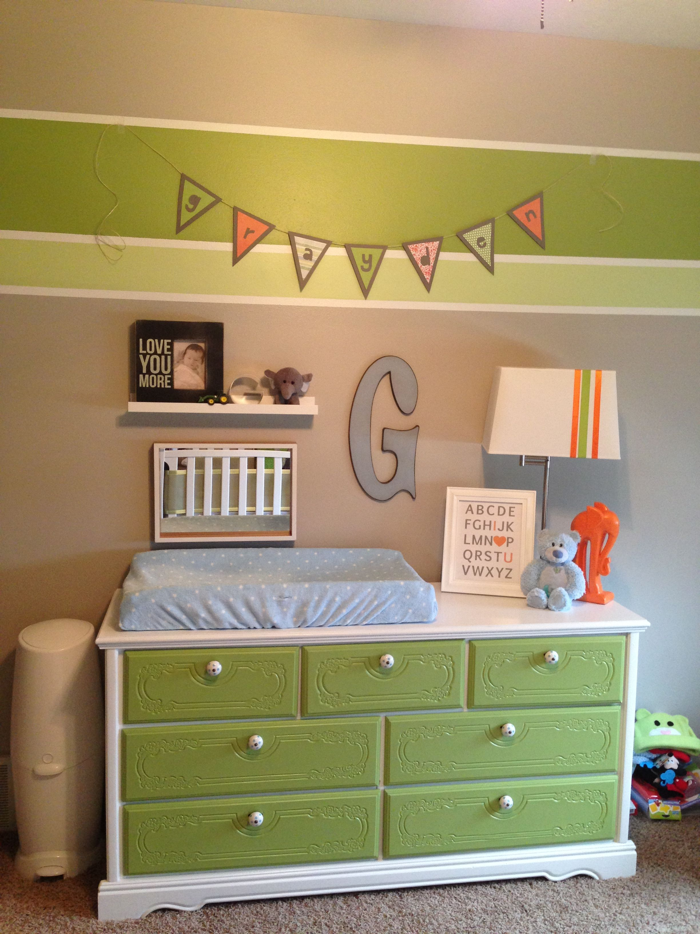diy changing table this is what i want to do with my old vanity all white let there be two. Black Bedroom Furniture Sets. Home Design Ideas